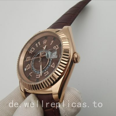 Rolex Sky-dweller 326135 Herrenetui 42 mm 18 Karat Everose Gold
